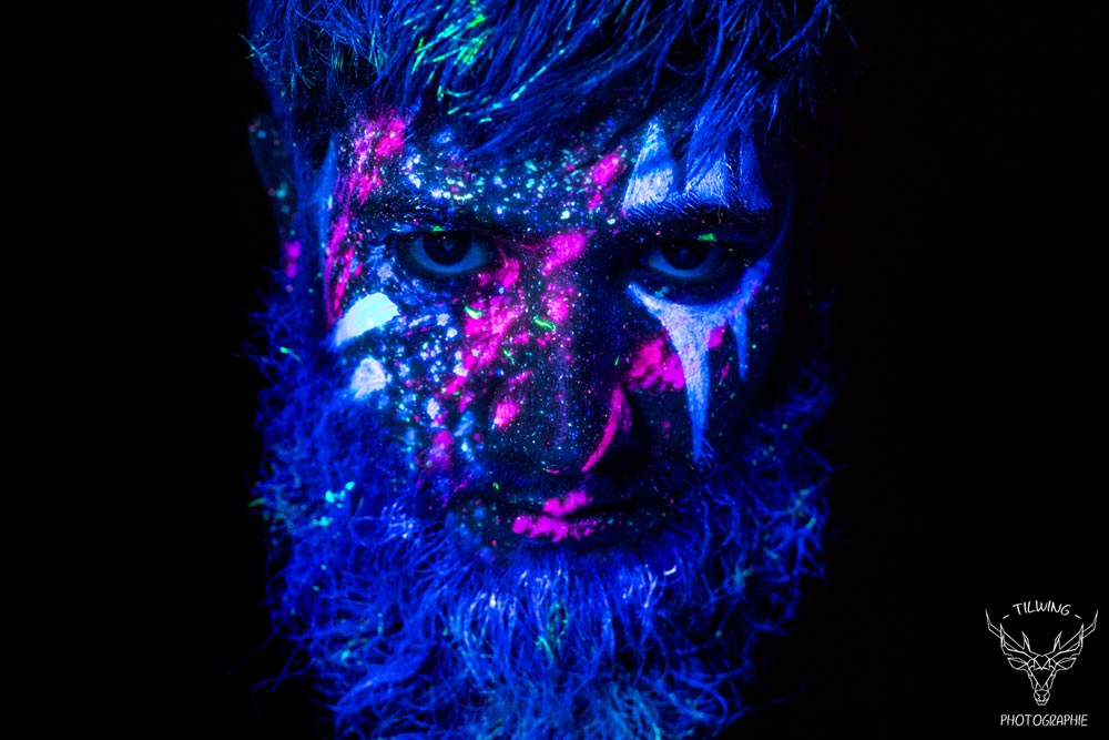 black light body painting barbe